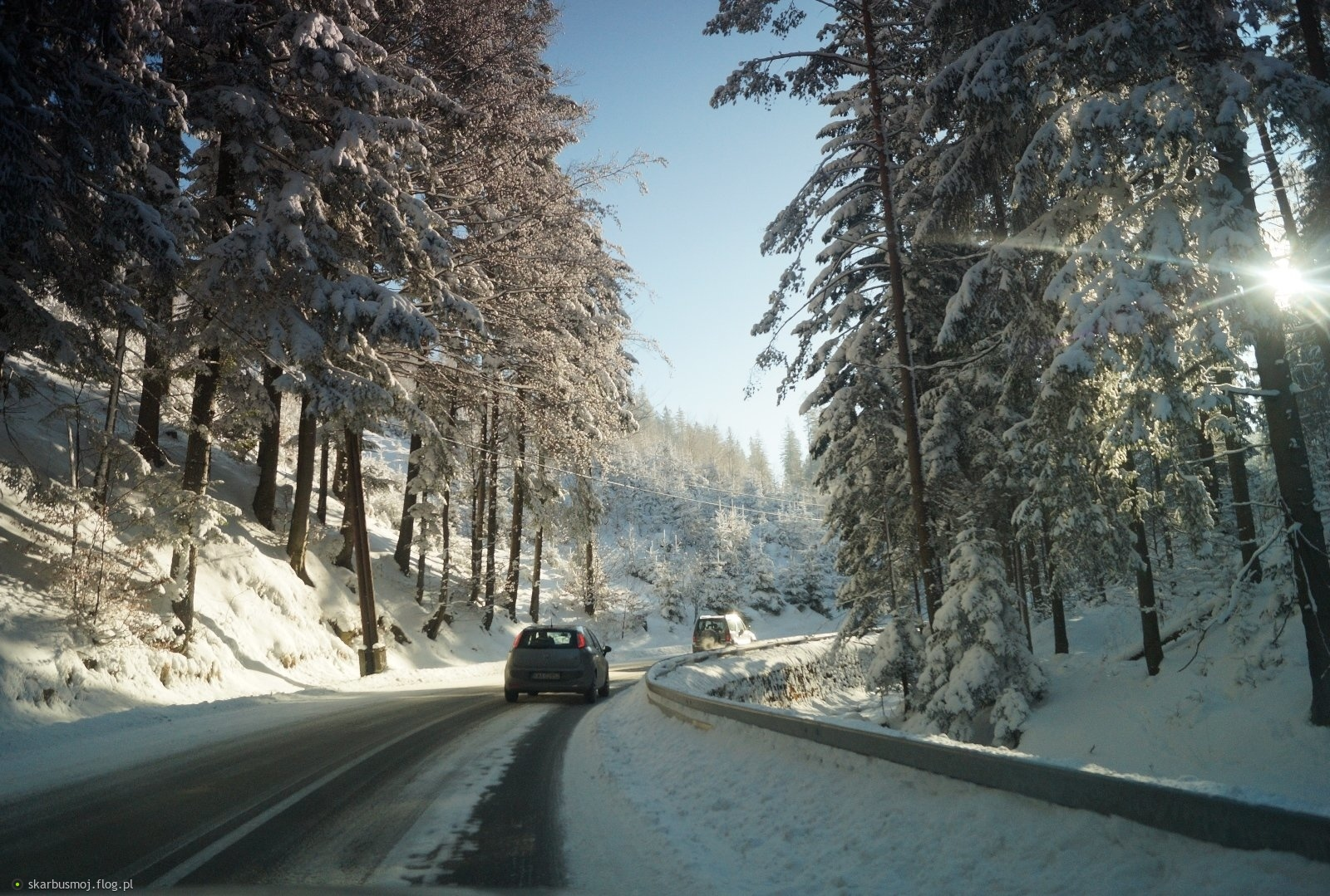 zimą w górach na drodze.....