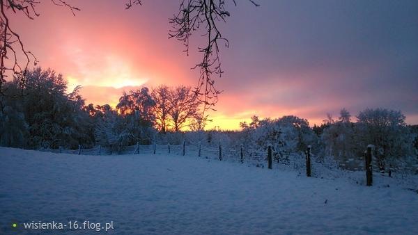 http://s21.flog.pl/media/foto_middle/11695865_uciec-od-problemow-calego-swiata---zostac-na-dobre-w-miejscu-oddalonym-od-wszystkiego--.jpg