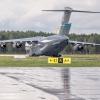 USAF Boeing C-17  - 66167<br /> DOVER :: ...tak sobie razem w desz<br />czu staliśmy.... Pozdrawi<br />am :)